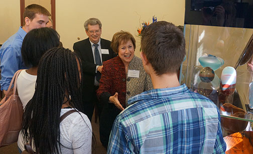 Paulsons greet honors students